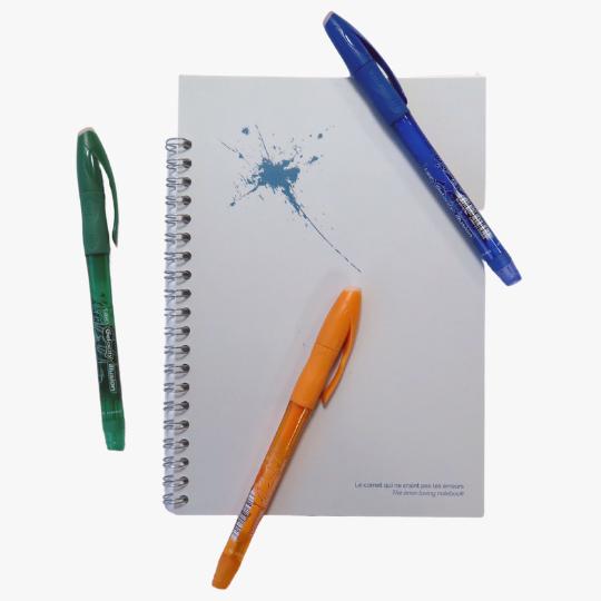 3 stylos effaçables avec un carnet perpétuel